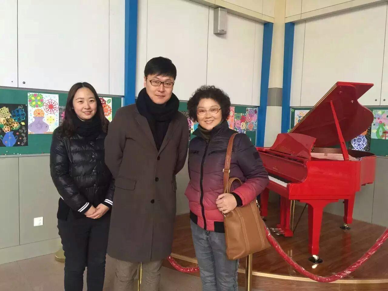 青岛和乐琴行和新世纪学校达成合作