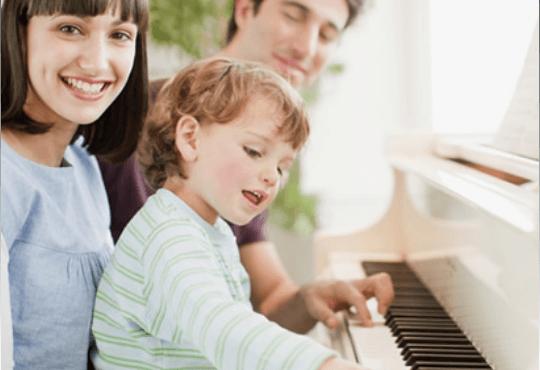 英昌钢琴爱的声音,相伴一生